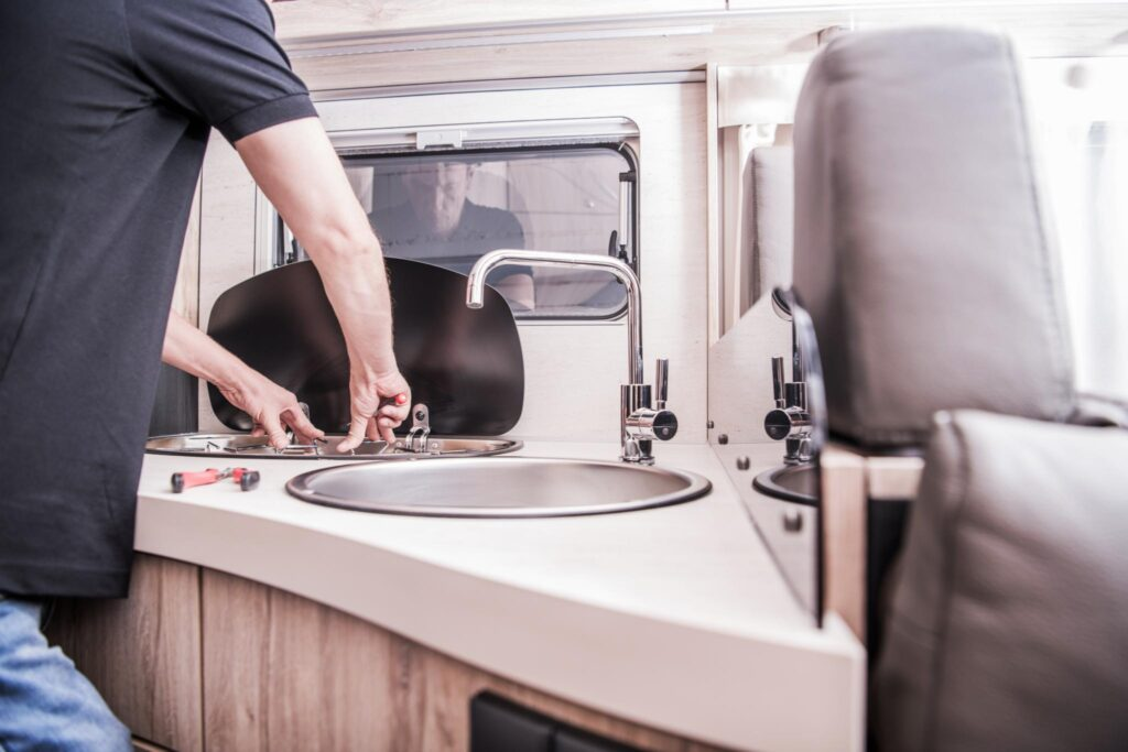 allestimento della cucina